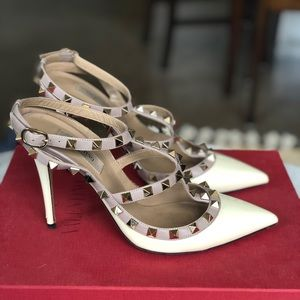 Valentino Ivory Pumps, Size 38 100mm